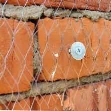 Как правильно клеить штукатурную сетку на стены?