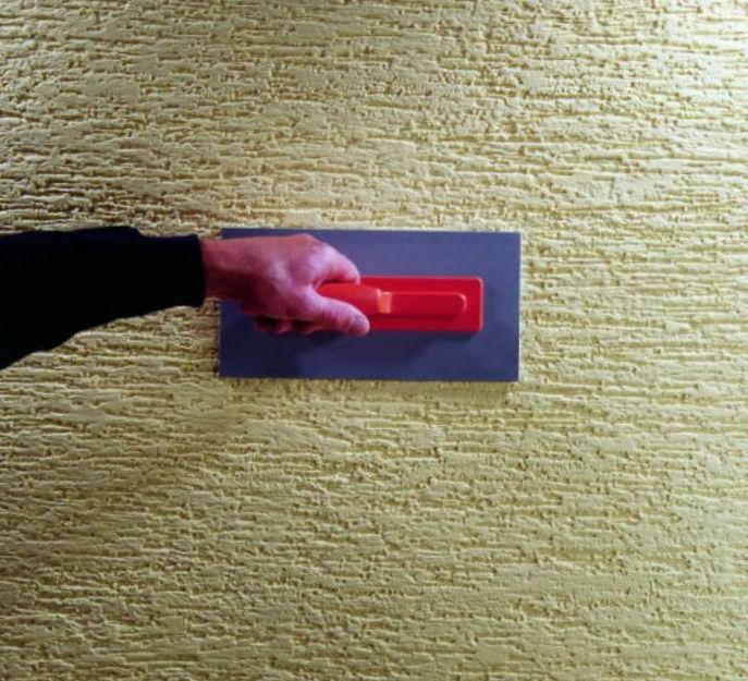 Отделка стен шпаклевкой с узором